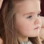 【医療用ウィッグ/髪の毛の寄付】3歳の少女が癌を患う子供に髪を提供【動画あり】