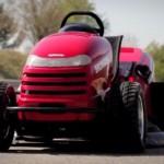 【超速】ホンダの芝刈り機「HF2620改」が世界最速187.60km/hでギネス登録へ【動画あり】