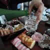 【香川県のお正月】お雑煮は勿論『あんこ餅雑煮』!おせちをつまみながら昼間から一杯!